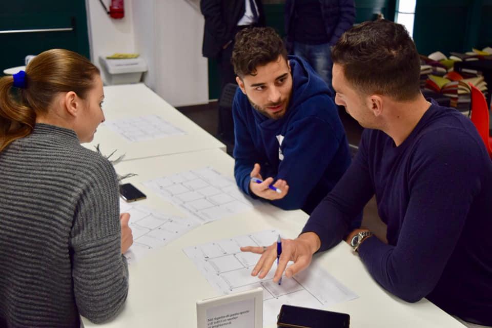 comincenter-5-potenza-officinae-agenzia-lean-digital-marketing-management-comunicazione-school-scuola-formazione-matera-basilicata-milano
